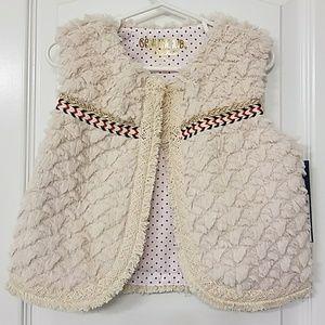 Other - Toddler girl fuzzy vest